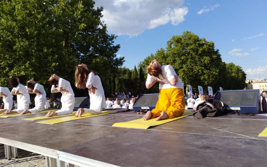 Prana Yoga colabora en el Día Internacional del Yoga en Madrid