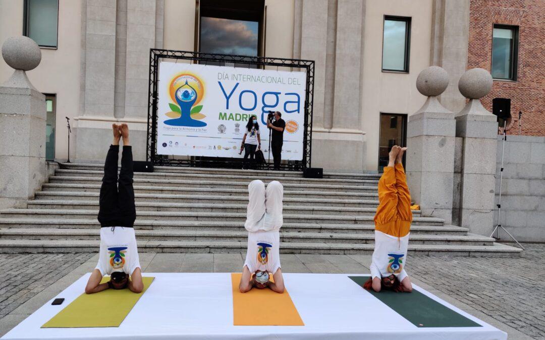 Celebrado el Día Internacional del Yoga 2021 en Madrid